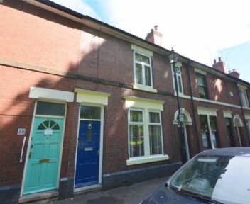 Preview image for 28 Chester Green Road, Derby, DE1 3SF