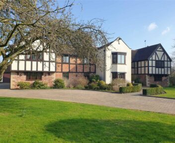 Preview image for Hoblands Farm, Cornmill Lane, Tutbury, Burton Upon Trent, DE13 9HA