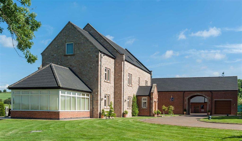 Bryn Hall Farm, Brassington Lane, Bradbourne, Ashbourne, DE6 1PD Banner